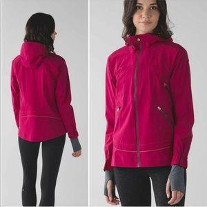 Lululemon RARE ain't no rain jacket 🍋